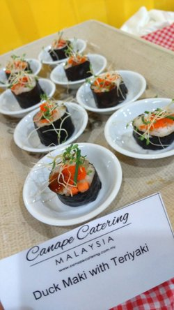 catering services presented by canape catering malaysia for enerz indooor extreme park usj